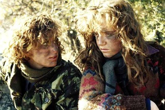 jennifer-grey-lea-thompson-red-dawn
